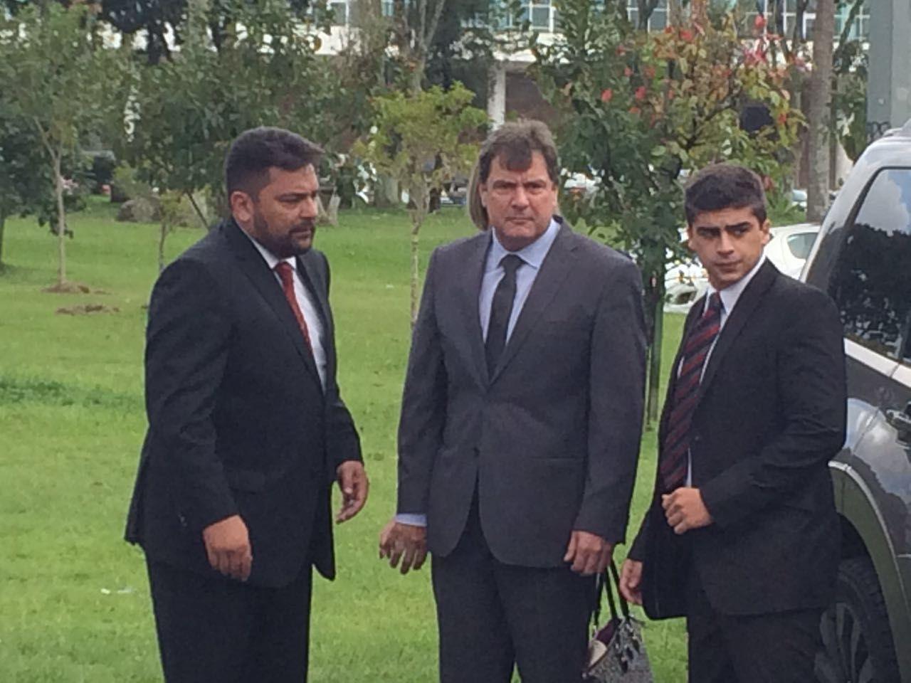 Tribunal de Justiça confirma liminar e advogado de Alessandro Meneghel não será punido por abandonar júri